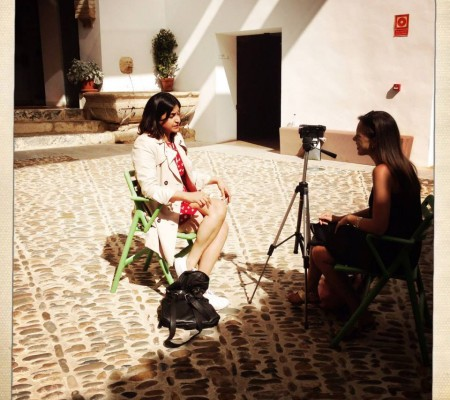 Arya being interviewed in Cordoba